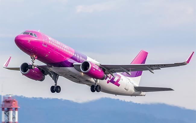 Wizz Air відновлює авіаперевезення за 20 напрямками, але не в Україні