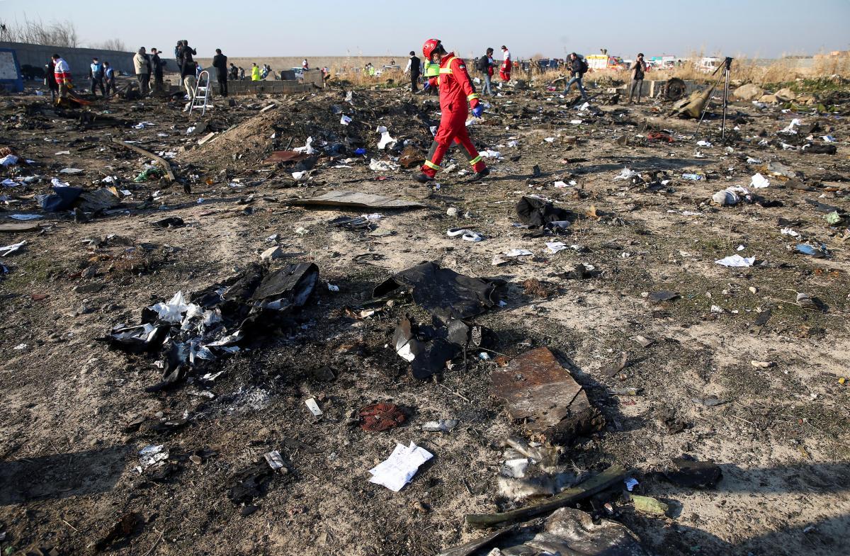 """Збиття літака МАУ: в Україні сподіваються, що Іран невідкладно розшифрує """"чорні скриньки"""""""