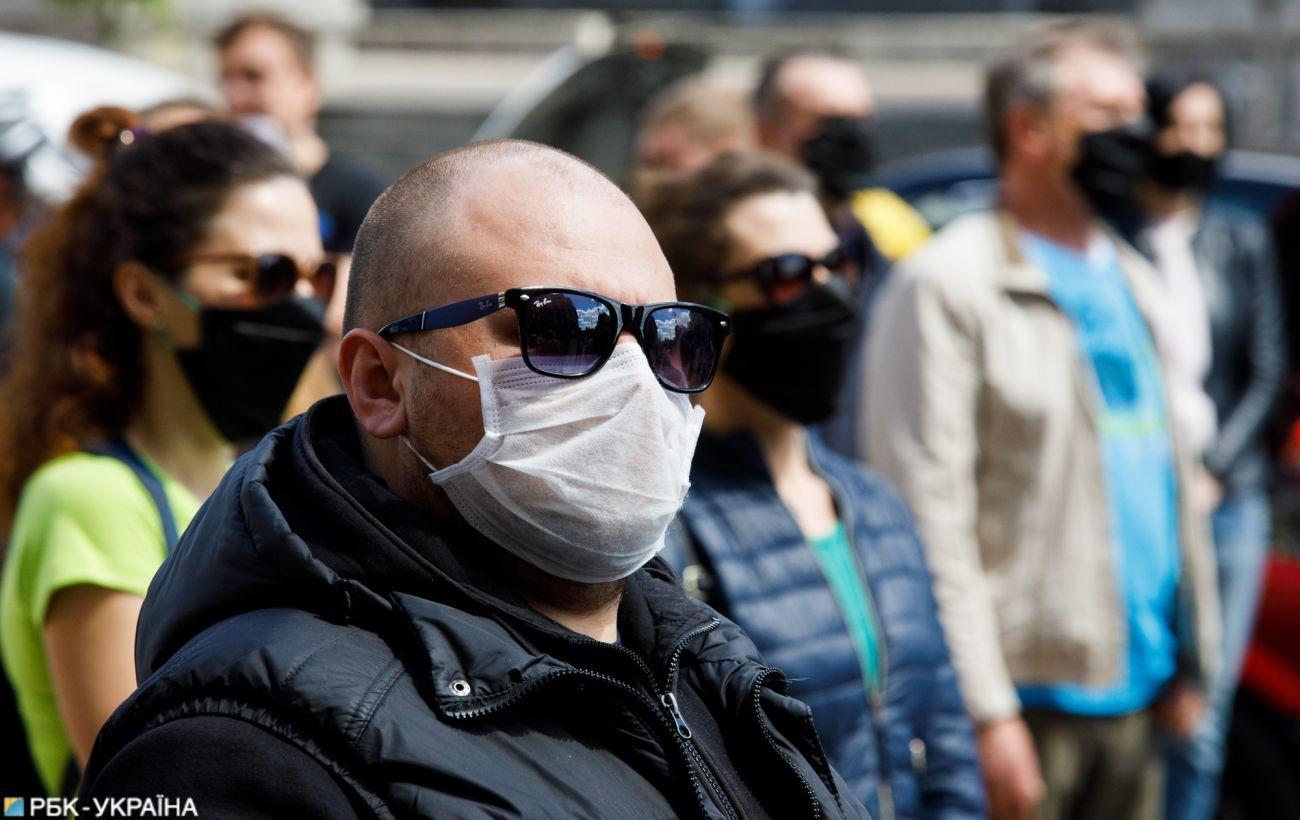В Україні зменшилася кількість виявлених випадків COVID-19 за добу