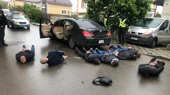 Під Києвом сталася масова стрілянина: 3 поранених, 10 затриманих