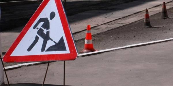 Асфальтують одну з ділянок: у Франківську продовжують з'єднувати бульвари (ФОТО)
