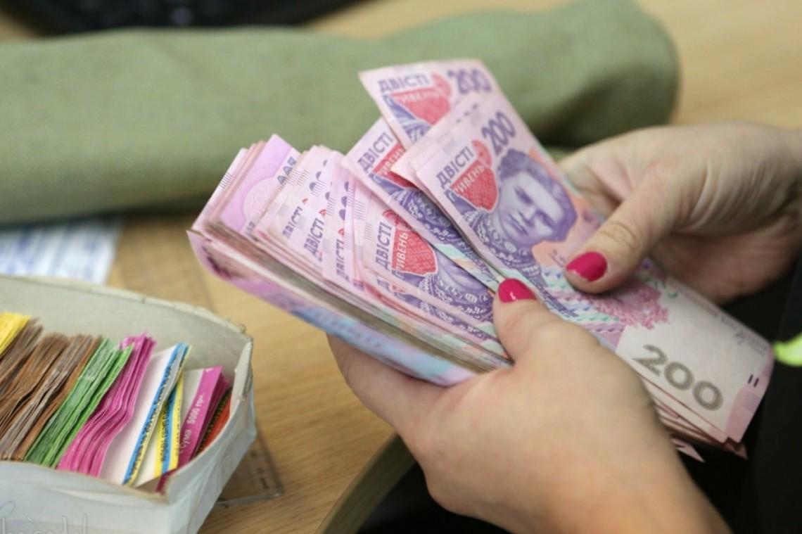 Пенсій не буде або різко зростуть податки: Шмигаль зробив термінову заяву