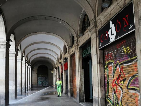 Іспанія оголосила про відкриття кордонів для туристів з липня