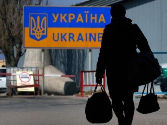 Українських заробітчан чартерами доставлять у п'ять країн Європи