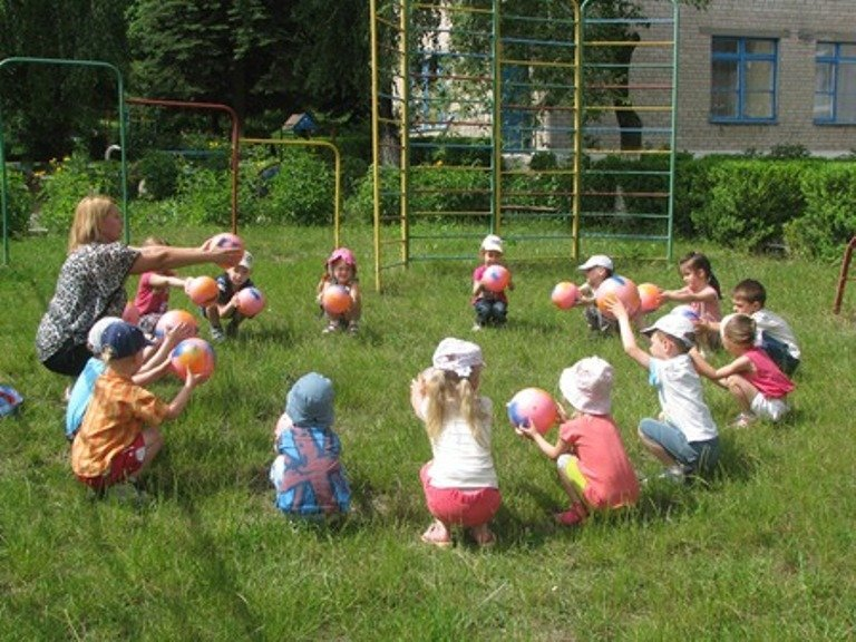 МОН не рекомендує відкривати пришкільні табори