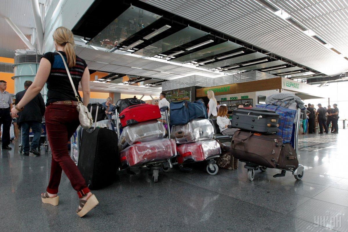 Євросоюз вирішив продовжити заборону на в'їзд іноземців після 15 червня
