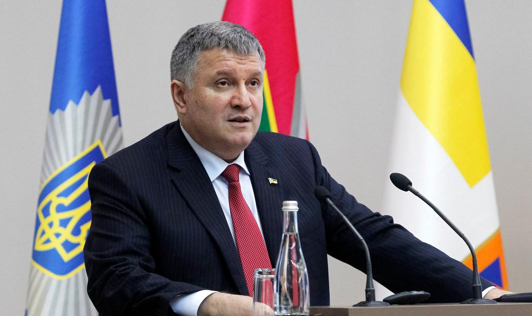«Поліцейські й надалі будуть вбивати та ґвалтувати»: Луценко зробив гучну заяву