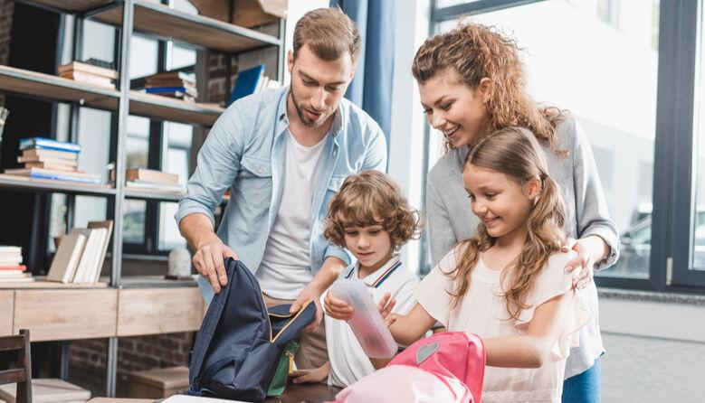 Перший клас «комом»: чи варто батькам віддавати першачків до школи в часи пандемії?