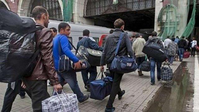 """Україна змінила правила повернення з-за кордону: новий список """"зелених"""" і """"червоних"""" держав"""