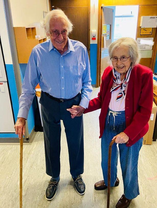 Пара, яка прожила 60 років у шлюбі, перемогла коронавірус – їх історія вражає, фото