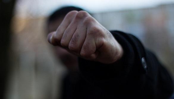 У центрі Києва влаштували масову бійку зі стріляниною