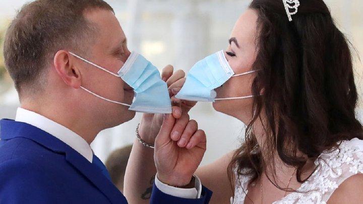 На Прикарпатті заборонили святкувати весілля у кафе через COVID-19