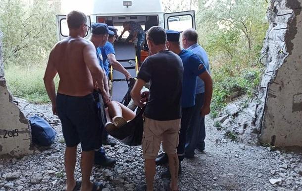 Жінка з дитиною провалилися в шахту занедбаної Кримської АЕС