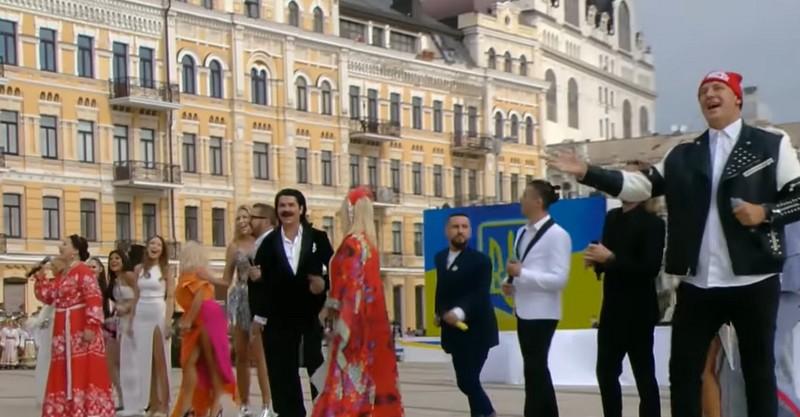 Ткаченко пояснив, чому під час заходів до Дня Незалежності пролунали пісні російською мовою