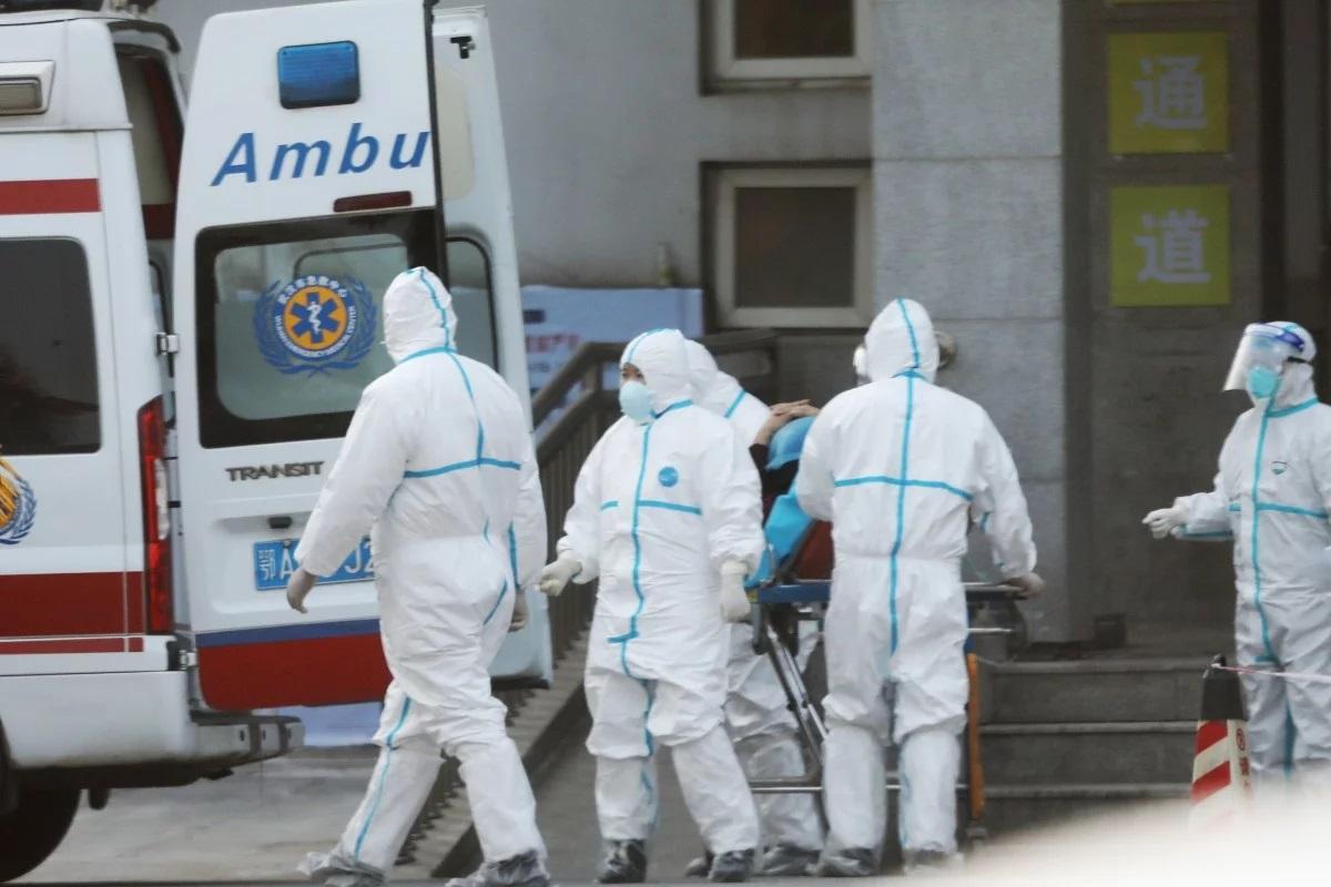 В Італії заражені коронавірусом мігранти покусали лікарів – ЗМІ