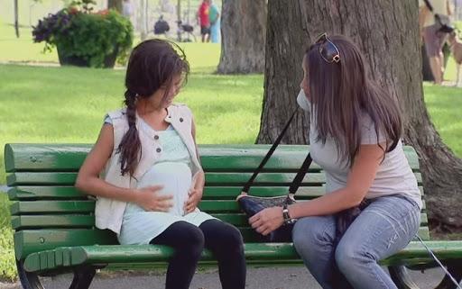 15-річна школярка переконує, що завагітніла незайманою
