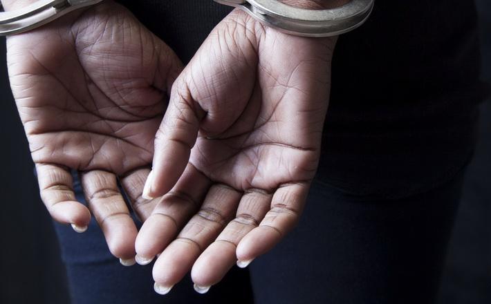 У Черкасах вагітна жінка вбила подругу через борги за комуналку