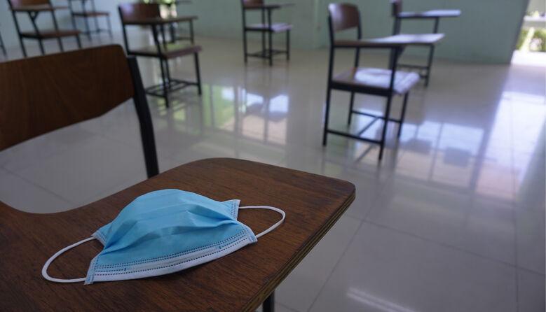 Школа VS вірус: по Україні стрімко закриваються заклади освіти