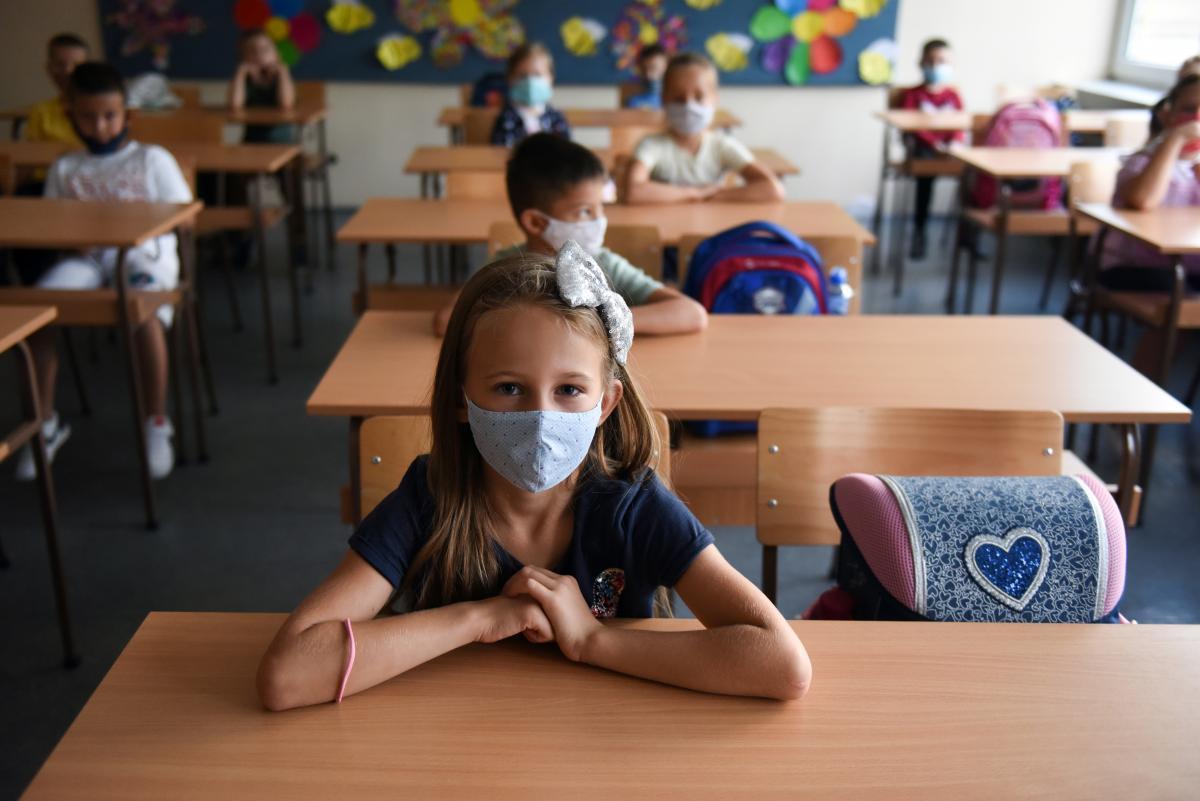 У Чернігові запровадили змішану систему навчання у школах