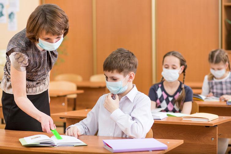 З 21 вересня – початкові школи, з 28 – усі решта: у Франківську поетапно відкриватимуть школи (ФОТО)