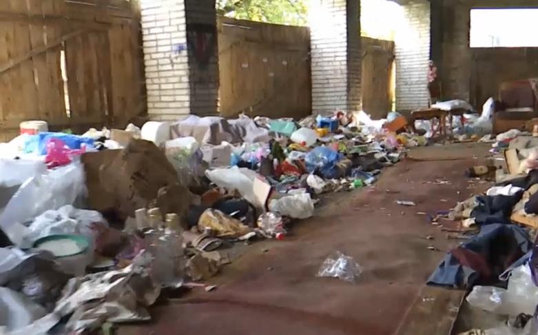 Знущання над дідусями: у Львові двоє підлітків 3 дні катували двох пенсіонерів