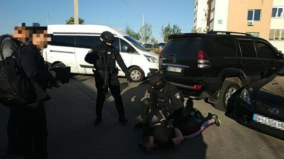 В Одесі поліцейський створив бордель та злочинне угруповання: подробиці (фото)