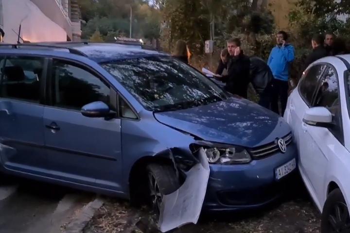 Масштабна аварія у Києві: бетонозмішувач зім'яв п'ять авто і наїхав на перехожих (відео) П