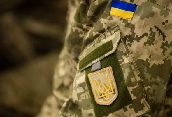 """""""Завдав страшних страждань і дивився, як вмирає"""": з українського солдата жорстоко познущалися"""