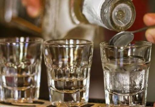 Масове отруєння підробленим алкоголем в Туреччині: 43 померло