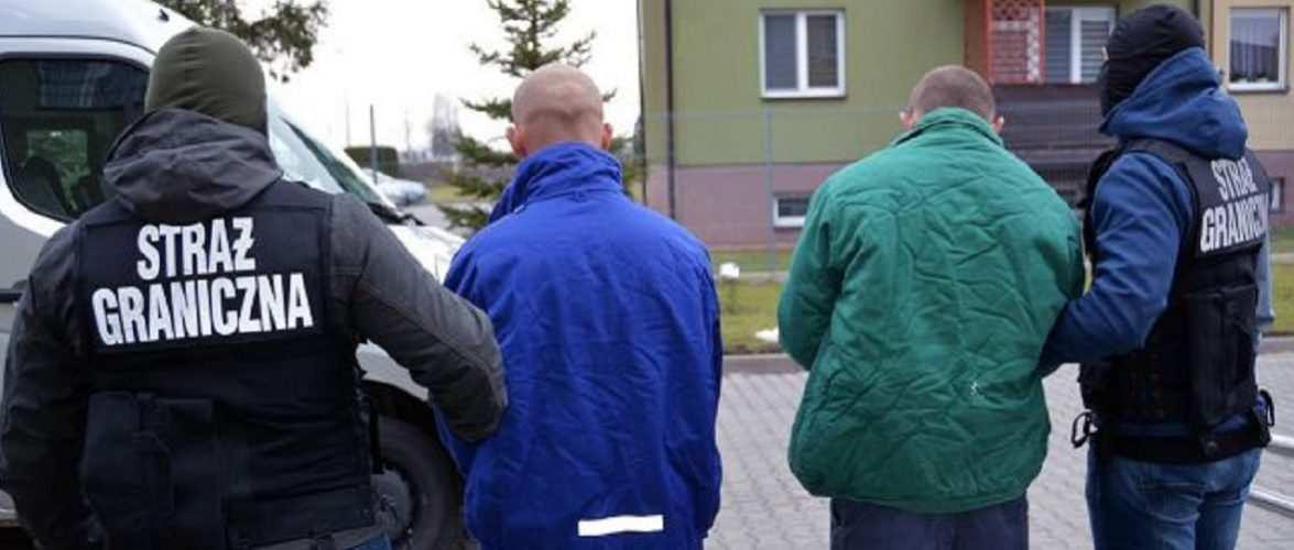 У Польщі на фабриці нелегально працювали 65 іноземців, більшість — українці