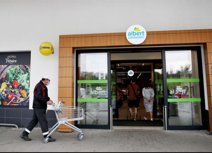 З 18 листопада в чеських магазинах обмежать кількість покупців, але продовжать години роботи