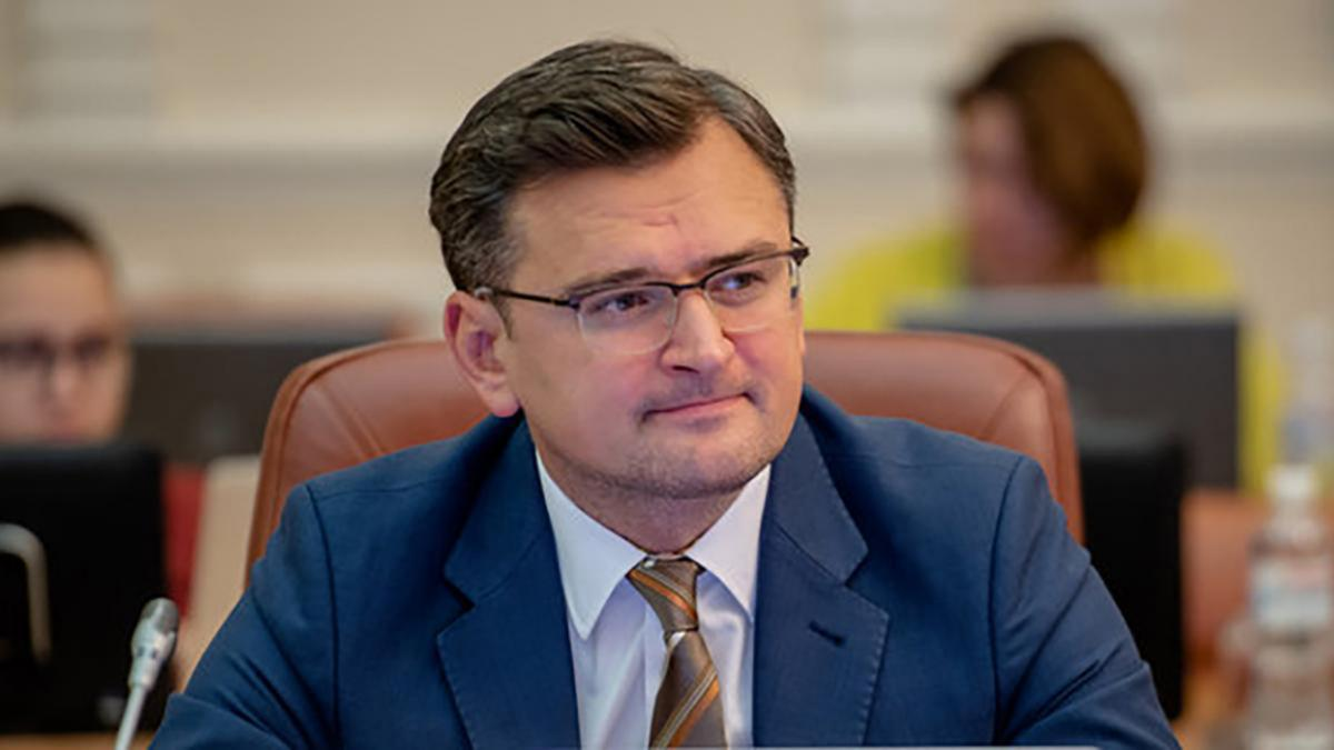 Україна може втратити безвіз через рішення КСУ? Кулеба розповів про загрози