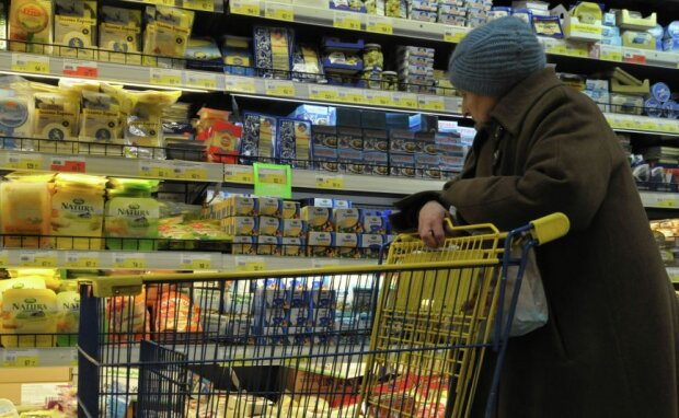 І їсти хочеться, і плакати: українка врятувала бідну бабусю від голоду