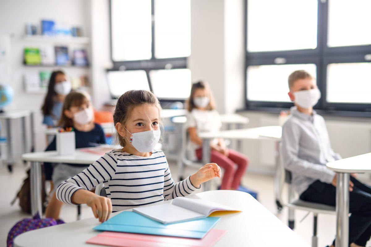 Як під час локдауну працюватимуть школи та дитячі садки в Києві: влада назвала дати і всі варіанти