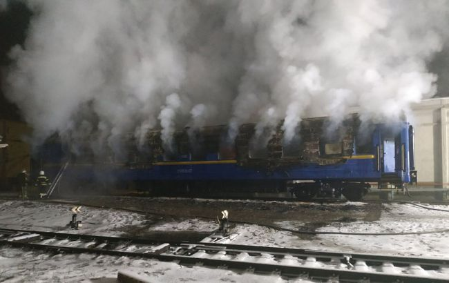На Полтавщині спалахнув вагон поїзда: є загиблі (фото)