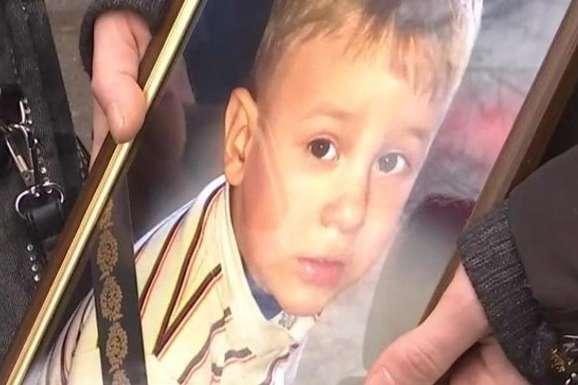 Смерть дворічного хлопчика в київській лікарні: хірург постане перед судом