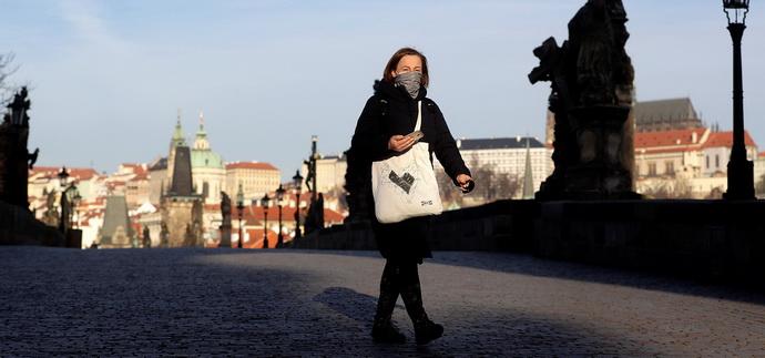 Чехія перейшла на максимальний рівень епідзагрози