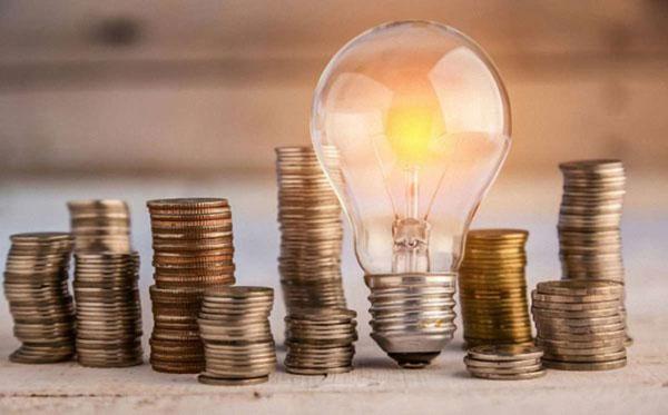 В Україні злетять тарифи на електроенергію: скільки доведеться платити в 2021 році