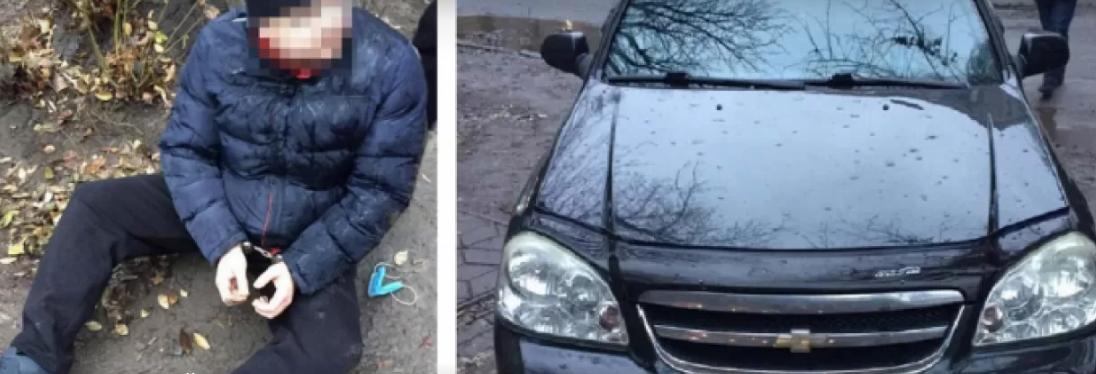 Затягнув у гараж та жорстоко зґвалтував: у Дніпрі чоловік посеред вулиці накинувся на дівчину