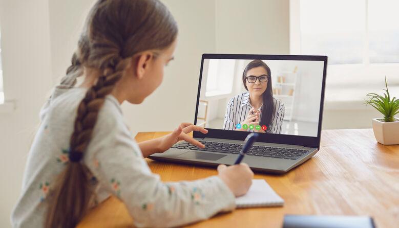Тривалість уроків з використанням технологій дистанційного навчання: вимоги санрегламенту