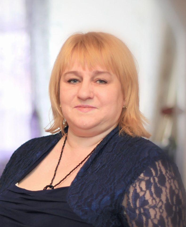 """На Київщині жінка померла під стінами лікарні на очах у рідних: справу """"заминають"""" (фото)"""