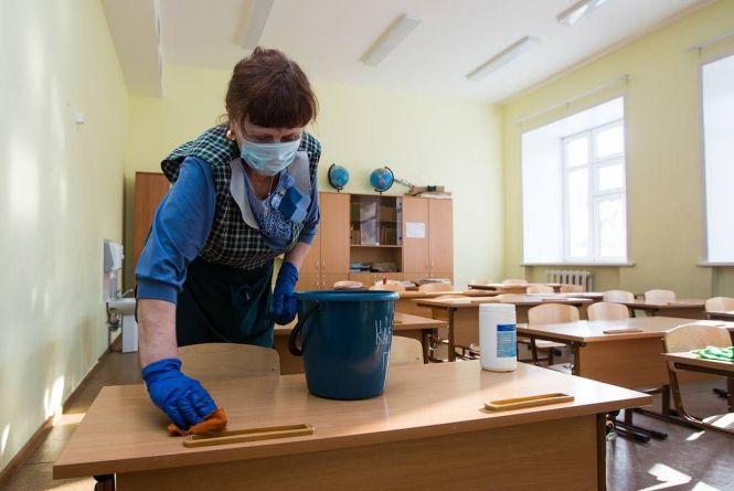 Локдаун в Україні: що буде з канікулами і коли школярі вийдуть на навчання