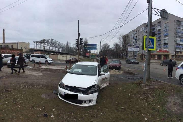 Трагедія на Дніпропетровщині: лікар відмовився допомагати постраждалій у ДТП дитині, дівчинка померла