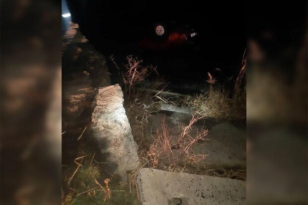 """Страшна ДТП забрала життя маленького дніпрянина, ридає все місто: """"Авто злетіло в річку"""""""