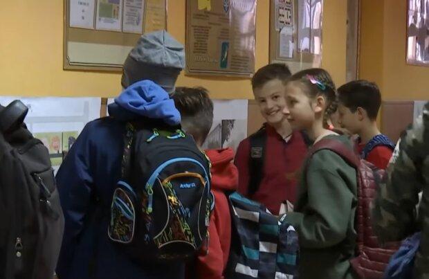 Учні повернуться у школи ще не скоро: Степанов назвав причину