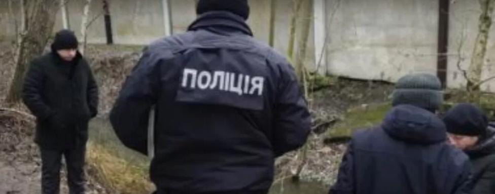 Голосно веселилася: на Одещині чоловік жорстоко вбив жінку і викинув тіло у канал (фото)