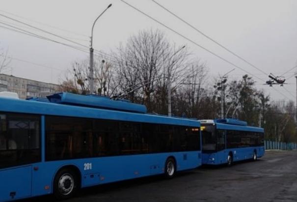У Рівному кондукторка вигнала дитину з тролейбуса у мороз мінус 20