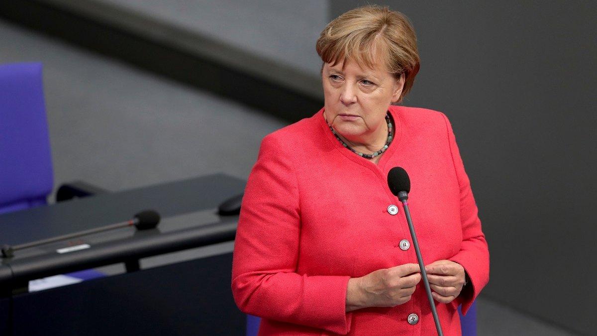 У Німеччині продовжили локдаун до кінця січня