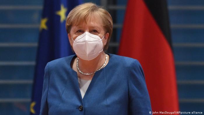 Меркель хоче продовження локдауну до кінця лютого
