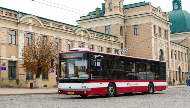 У п'ятницю на Прикарпатті зупинять громадський транспорт